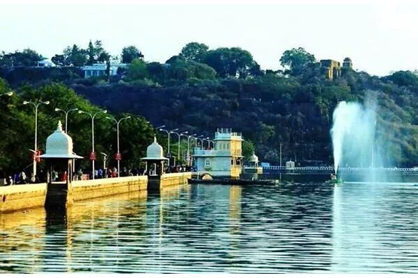 Fateh Sagar Lake (FS)