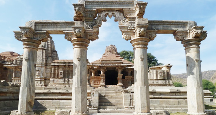 sas bahu temple sahastra bahu temple udaipur indian tourism history